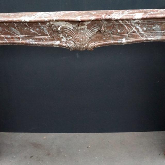 Cheminée marbre époque 18e