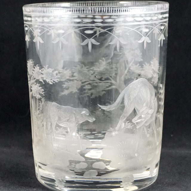Vase fables de la Fontaine loup agneau verre gravé 19e Oudry