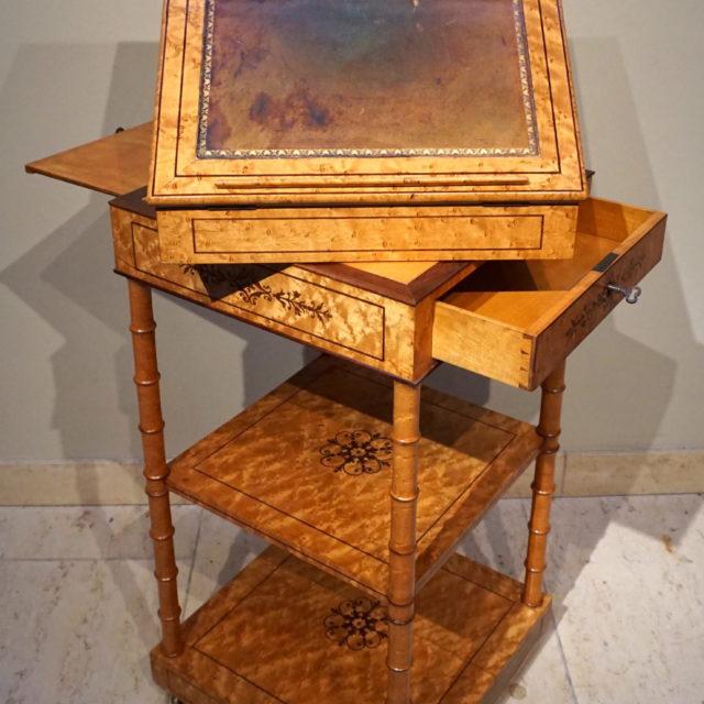 Table aquarelle frêne marqueterie amarante Charles X Giroux Alphonse
