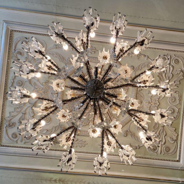 Lustre laiton cristal Baccarat château-2